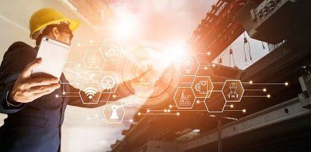 Ingenieros latinoamericanos necesitan «reinventarse» para superar retos actuales y desarrollar su carrera profesional